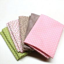 Pack of 5 100% Cotton Mixed Prints Pinks & Greens Fat Quarters